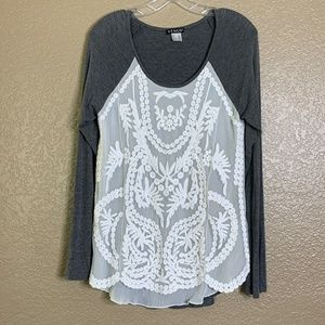 Venus Gray White Embroidered Long Sleeve Top SZ S